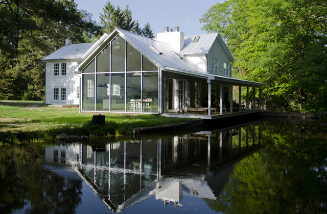 Floating Farmhouse Image